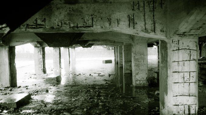 金瓜石鉱山-サイロ下