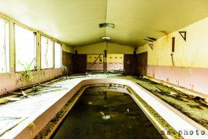かつての空気感が残る廃虚:築別炭鉱坑口浴場(北海道羽幌町)