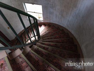 魔女の館螺旋階段